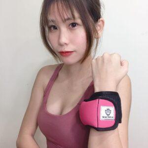 愛運動的健身少女